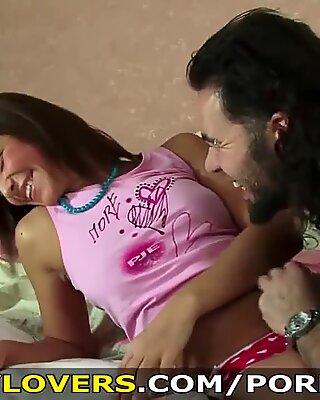 Teeny Lovers - Man with a beard is so hot