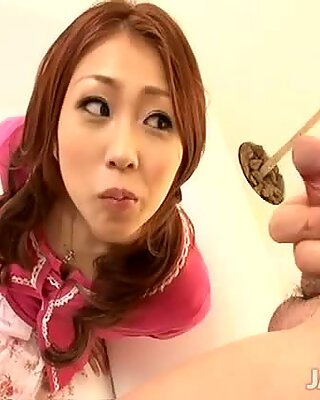 Blowjob goddess Saki Kozakura is screwed
