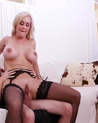 Girl has sex with mom Halloween Special With A Threesome - Brandi A