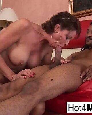 chesty mummy Vanessa takes some ebony cock