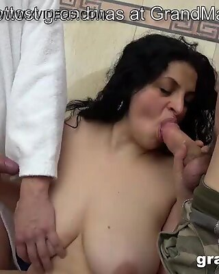 Old and young threesome with chubby mature hoe