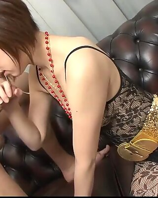 Rina Yuuki is an Asian chick that - More at Slurpjp.com