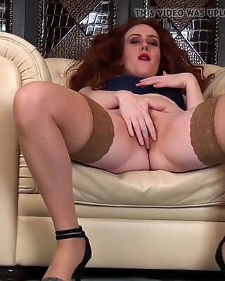 Furry mature pussy