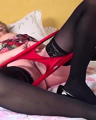 HOT Grandma with mature thirsty vagina