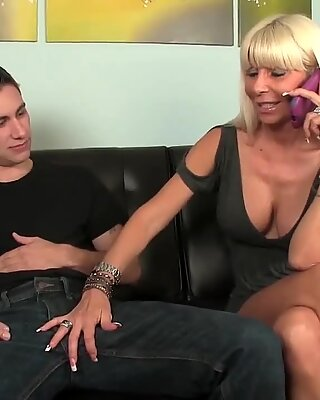 steamy And horny cougar Sucking