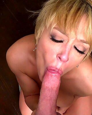 MILF Trip - Super Sexual MILF Dee Williams