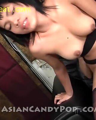 Thai Girl Gee