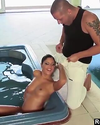 Boxing MILF  Trains Her Pussy